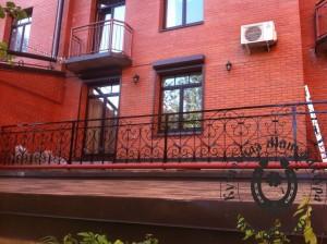 кованые_перила_для_балкона3