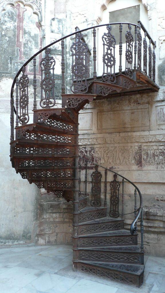 wrought-iron-staircase-design