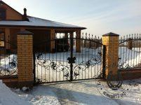 кованые_ворота_для_дома